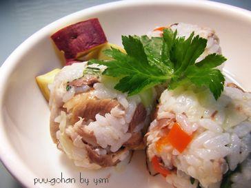 ペットシッターの手作り犬ごはん-サンマの手毬寿司-